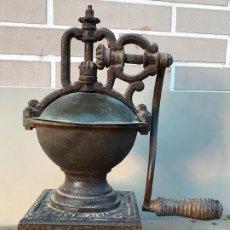 Antigüedades: GRAN MOLINILLO PEUGEOT AINES & CIA PONT DE ROIDE- MODELO 1877. Lote 172866015