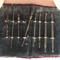 Antigüedades: ANTIGUO ESTUCHE DENTISTA O SIMILAR CON FUNDA EN TERCIOPELO. Lote 172868828