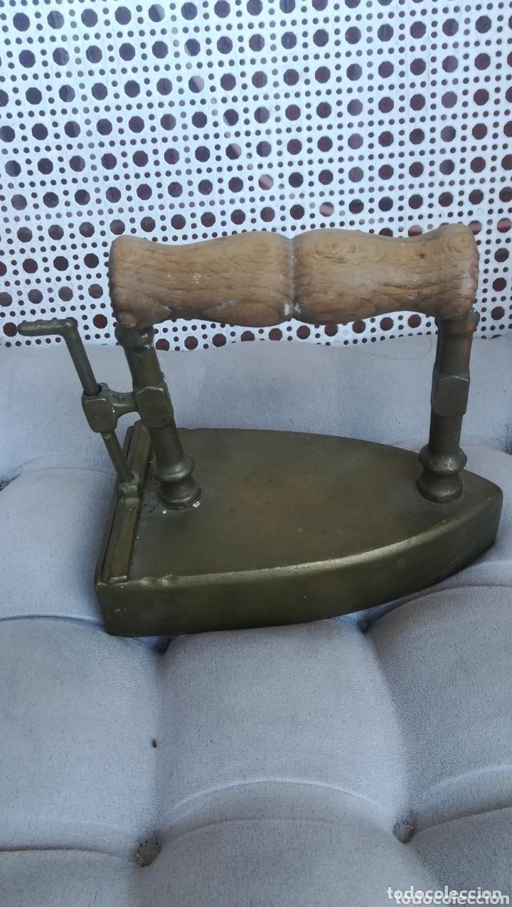Antigüedades: Antigua plancha de bronce - Foto 2 - 173063760