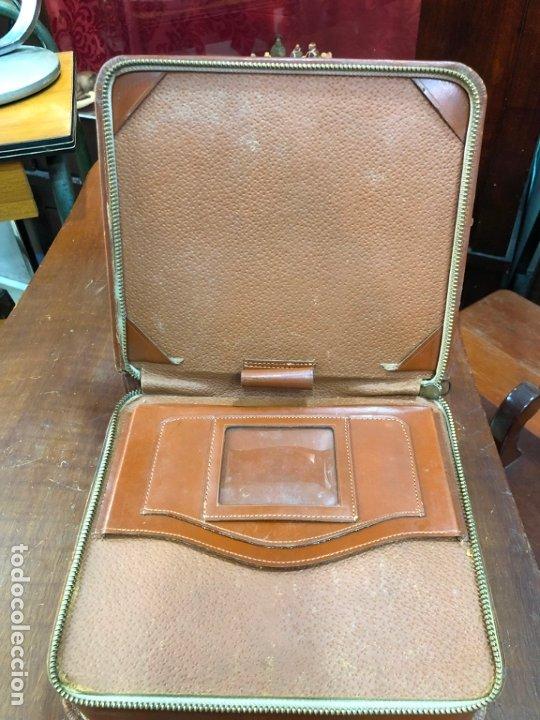 Antigüedades: FANTASTICO MALETIN DE VIAJE CON SET DE AFEITADO COMPLETO - BARBERIA - MEDIDA 22X20X6,5 CM - Foto 13 - 173358742