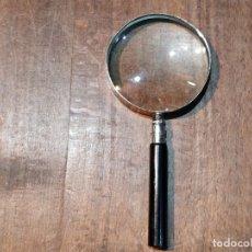 Antigüedades: LUPA FABRICADA EN JAPÓN DE GRAN AUMENTO, LIGERAS ABOLLADURAS EN EL CUERPO - 6.5CM X 14CM. Lote 173385395