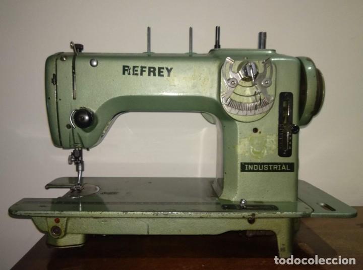 ANTIGUA MÁQUINA DE COSER REFREY INDUSTRIAL - FUNCIONA - VER FOTOS (Antigüedades - Técnicas - Máquinas de Coser Antiguas - Refrey)