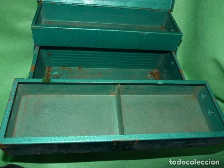 Antigüedades: CURIOSA ANTIGUA CAJA HERRAMIENTAS METAL RARO TAMAÑO USO DECORACION INDUSTRIAL - Foto 8 - 173529785