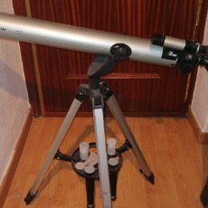 Antigüedades: TELESCOPIO ASTRONÓMICO MARCA BLUESKY LA 2000 56×525×160 MM. Lote 173564504
