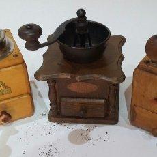 Antigüedades: 3 MOLINILLOS DE CAFÉ DE DIFERENTES ÉPOCAS,FUNCIONAN CORRECTAMENTE. Lote 173797854