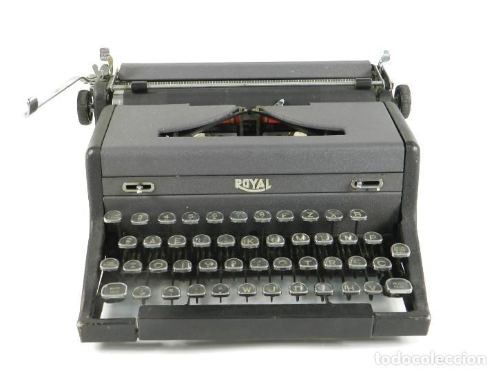 Antigüedades: MAQUINA DE ESCRIBIR ROYAL ARROW AÑO 1942 TYPEWRITER SCHREIBMASCHINE - Foto 2 - 173923282