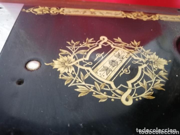 Antigüedades: Maquina de coser finales del 1800..restaurada por singer. Pan de oro.Número serial.. Uníca.. - Foto 12 - 173972865