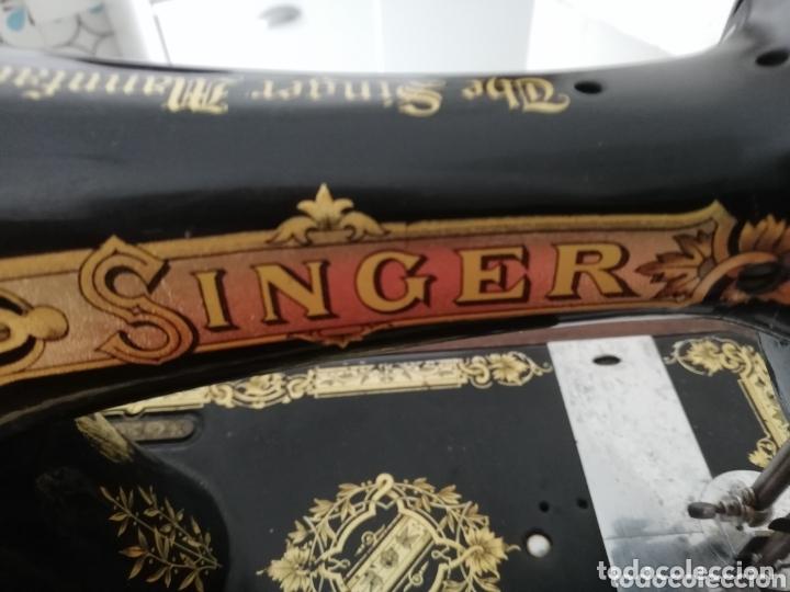 Antigüedades: Maquina de coser finales del 1800..restaurada por singer. Pan de oro.Número serial.. Uníca.. - Foto 13 - 173972865