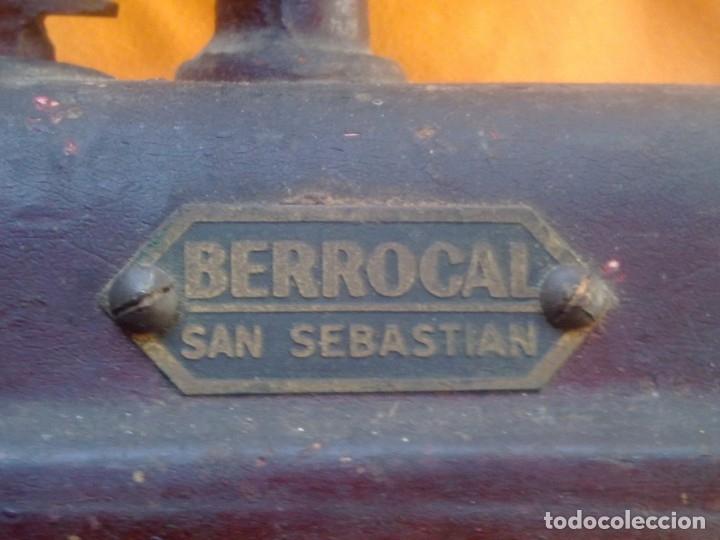 Antigüedades: ANTIGUA BASCULA BERROCAL. - Foto 16 - 173997382