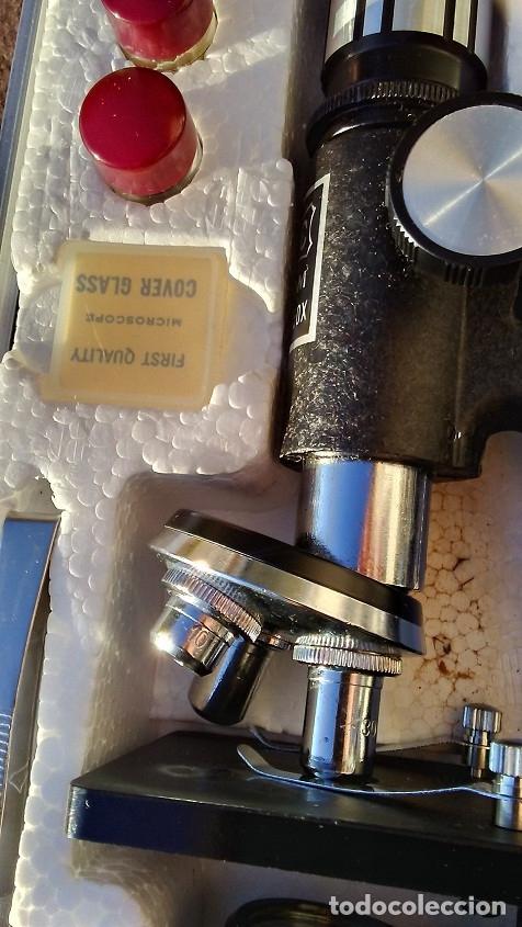 Antigüedades: MICROSCOPIO ANTIGUO C.O.C. ZOOM 100X-750V - Foto 10 - 173997849