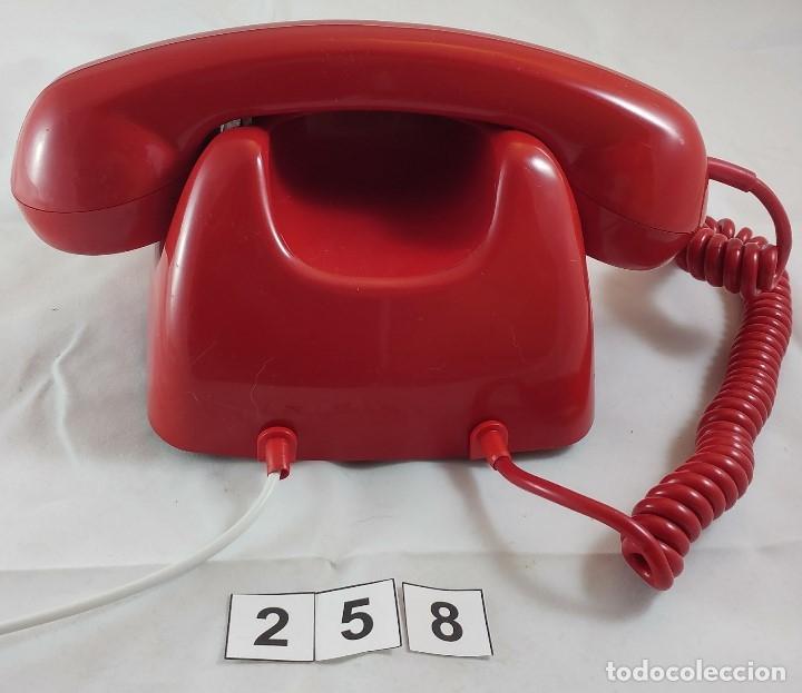 Teléfonos: ANTIGUO TELEFONO ROJO DE TECLAS MODELO HERALDO CITESA MALAGA - Foto 3 - 174311462
