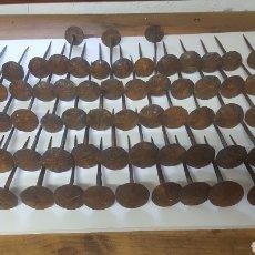 Antigüedades: LOTE CLAVOS CHINCHETONES ANTIGUOS. Lote 174357833