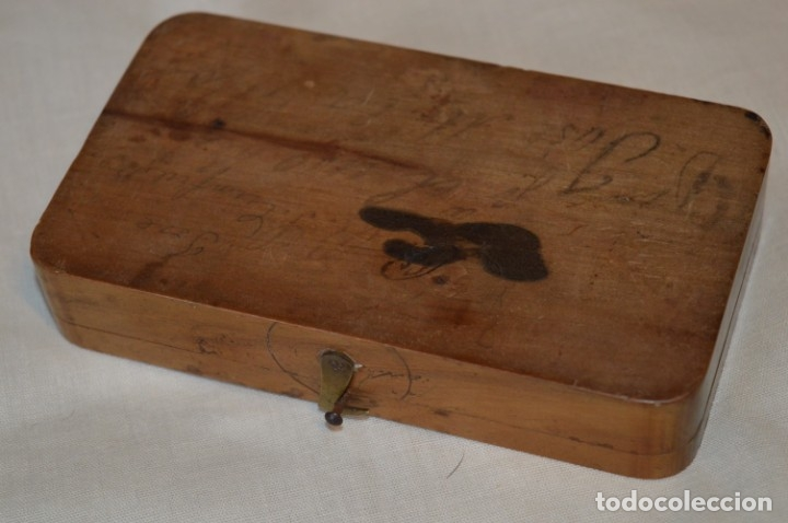 Antigüedades: Pequeña BALANZA de joyero, muy antigua, para metales, pesas en ONZAS ¡Mira fotografías y detalles! - Foto 13 - 174517475