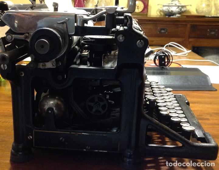 Antigüedades: Maquina de escribir UNDERWOOD. Revisada, funcionando (Made in USA, 1924) - Foto 2 - 174605562