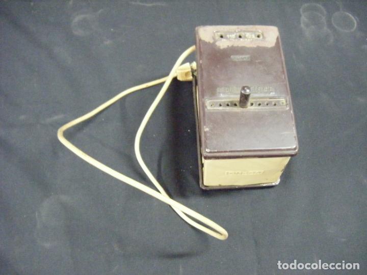 JML TRANSFORMADOR REGULADOR ELECTRICIDAD OMECA 125V PARA RADIOS A VÁLVULAS. VER FOTOS. (Antigüedades - Técnicas - Herramientas Profesionales - Electricidad)