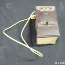 Antigüedades: JML TRANSFORMADOR REGULADOR ELECTRICIDAD OMECA 125V PARA RADIOS A VÁLVULAS. VER FOTOS.. Lote 191800337