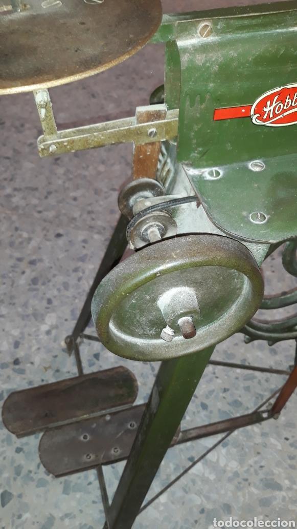 Antigüedades: Antigua caladora mecanica de pedal The GEM hobbies - Foto 4 - 175115405