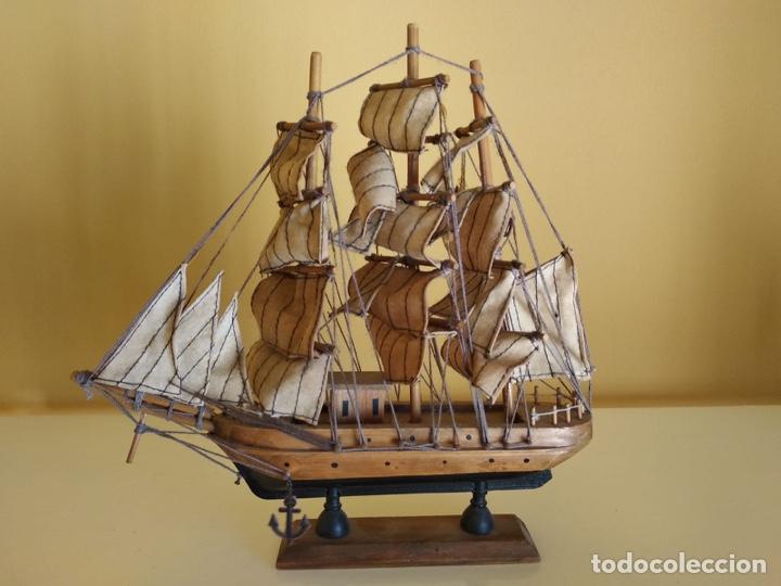 PRECIOSO BARCO EN MADERA, ECHO ÍNTEGRAMENTE A MANO (Antigüedades - Antigüedades Técnicas - Marinas y Navales)