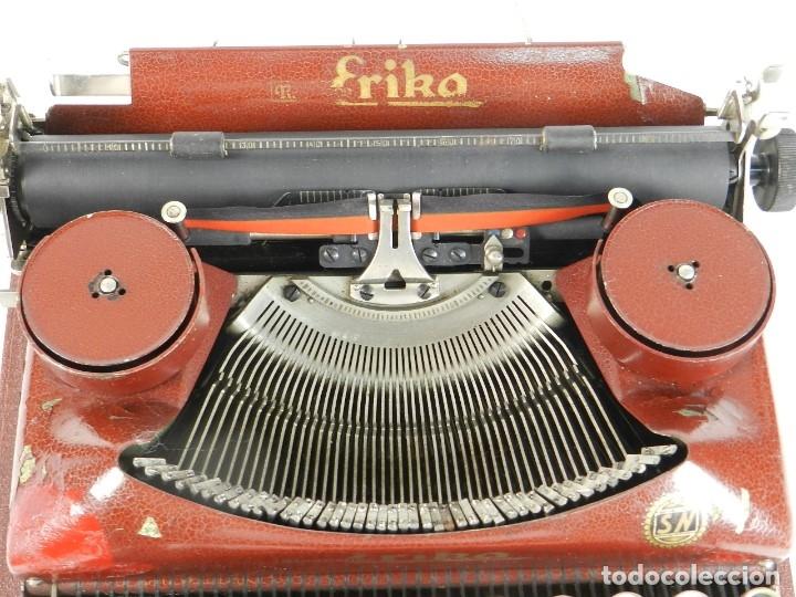 Antigüedades: MAQUINA DE ESCRIBIR ERIKA ROJA Mod. 5 AÑO 1931 TYPEWRITER SCHREIBMASCHINE - Foto 3 - 175327550