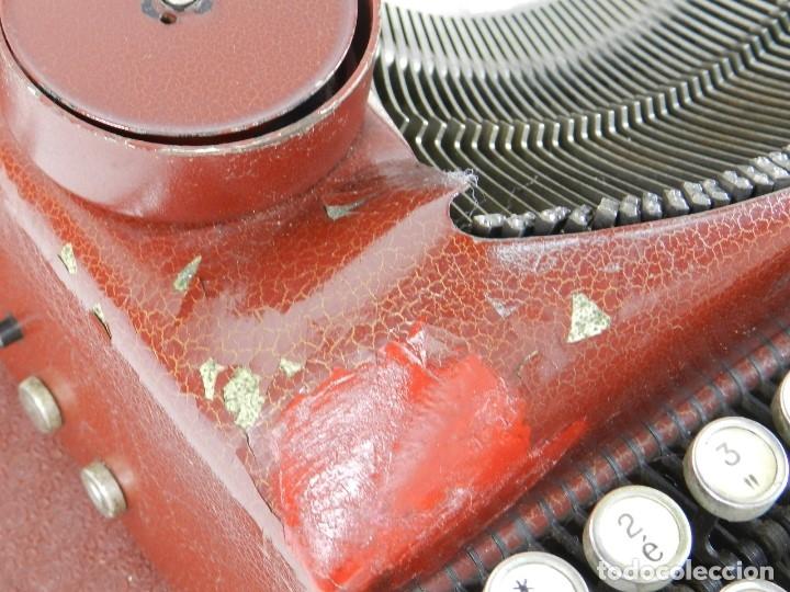 Antigüedades: MAQUINA DE ESCRIBIR ERIKA ROJA Mod. 5 AÑO 1931 TYPEWRITER SCHREIBMASCHINE - Foto 5 - 175327550