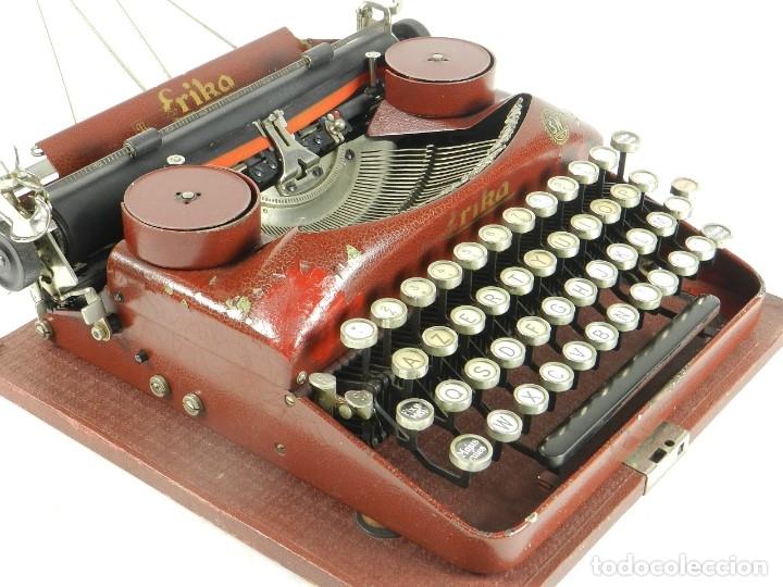 Antigüedades: MAQUINA DE ESCRIBIR ERIKA ROJA Mod. 5 AÑO 1931 TYPEWRITER SCHREIBMASCHINE - Foto 7 - 175327550