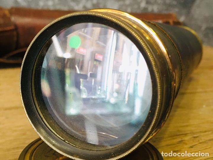 Antigüedades: ANTIGUO CATALEJO MARINO DE LATÓN CON FUNDA DE CUERO PRISMÁTICO NAVAL DE MARINERO TELESCOPIO DE NAVÍO - Foto 9 - 175395525