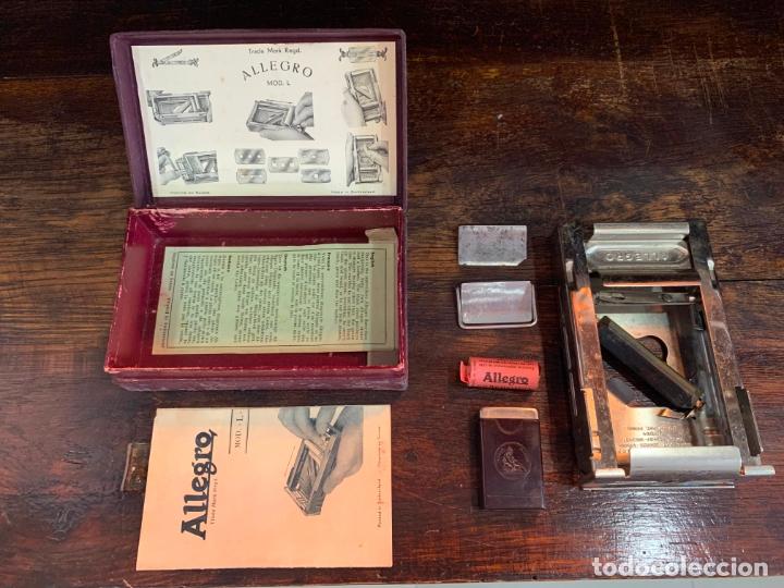ANTIGUO AFILADOR DE CUCHILLAS ALLEGRO (Antigüedades - Técnicas - Barbería - Varios Barbería Antiguas)