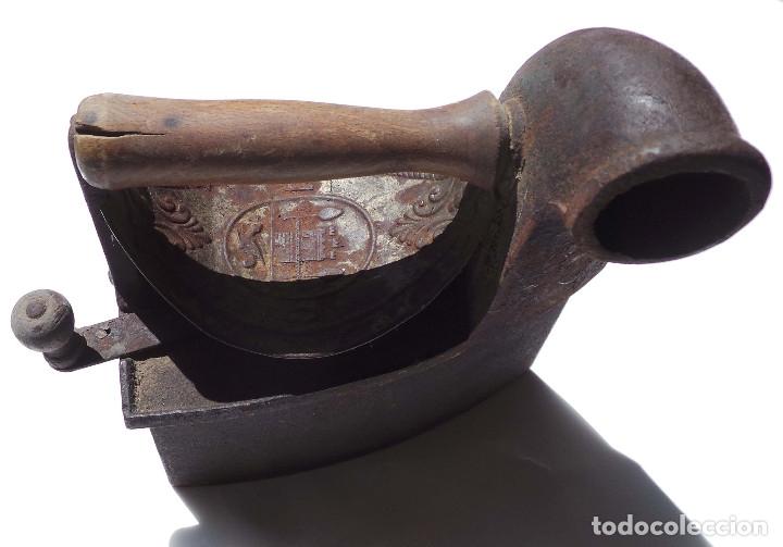 Antigüedades: PLANCHA DE CARBÓN CHIMENEA. UNIÓN CERRAJERA MONDRAGÓN. - Foto 7 - 175609278