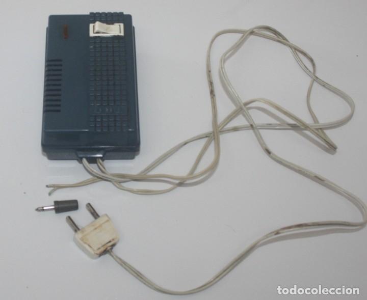 Antigüedades: Alimentador TRQ 400 M.A. 125 - 220 v con salida 6 - 7,5 - 9 - Foto 2 - 175655544