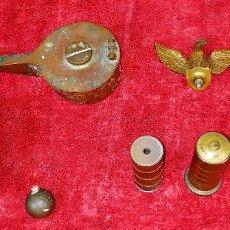 Antigüedades: PLOMADAS DE ALBAÑIL. OBJETOS DIVERSOS. BRONCE. ESPAÑA. XIX-XX. Lote 175780937