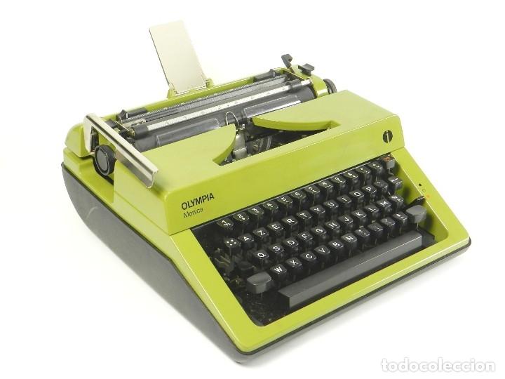 MAQUINA DE ESCRIBIR OLYMPIA MÓNICA AÑO 1979 TYPEWRITER SCHREIBSMASCHINE (Antigüedades - Técnicas - Máquinas de Escribir Antiguas - Mercedes)