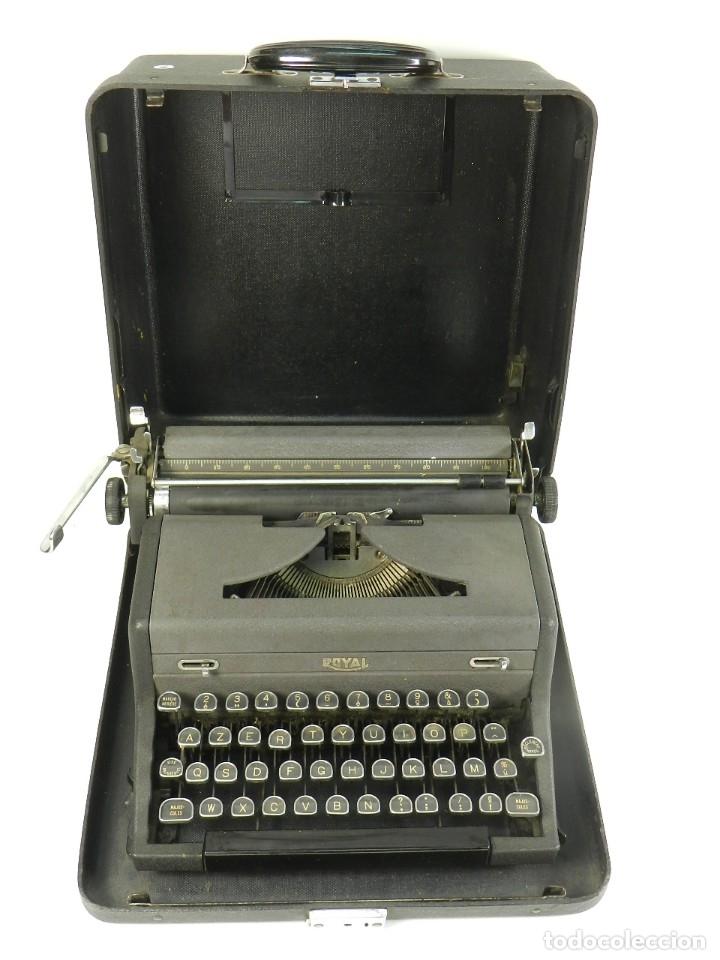 MAQUINA DE ESCRIBIR ROYAL AÑO 1945 TYPEWRITER SCHREIBSMASCHINE (Antigüedades - Técnicas - Máquinas de Escribir Antiguas - Mercedes)