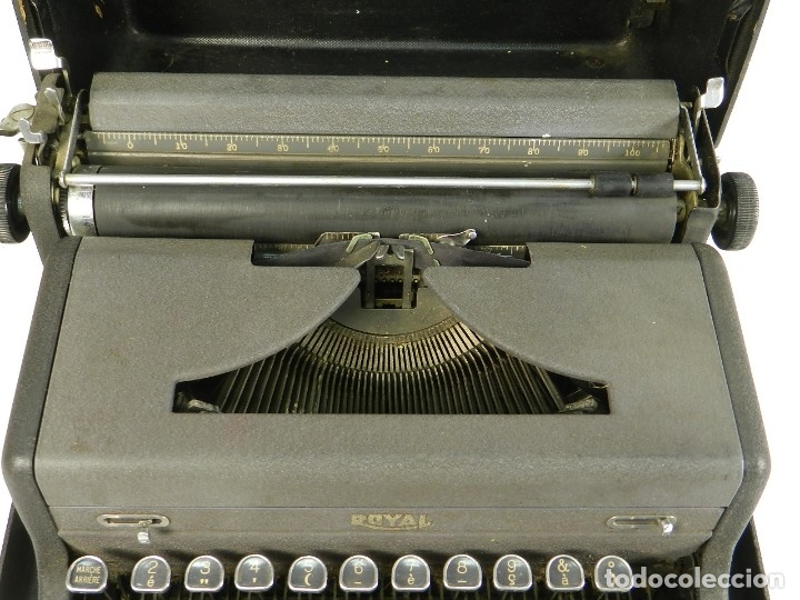 Antigüedades: MAQUINA DE ESCRIBIR ROYAL AÑO 1945 TYPEWRITER SCHREIBSMASCHINE - Foto 3 - 175842873