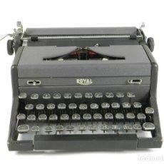 Antigüedades: MAQUINA DE ESCRIBIR ROYAL ARROW AÑO 1942 TYPEWRITER SCHREIBSMASCHINE. Lote 175843037