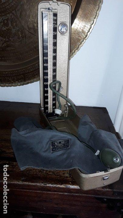 TENSIÓMETRO ACCOSON, MADE IN ENGLAND (Antigüedades - Técnicas - Herramientas Profesionales - Medicina)