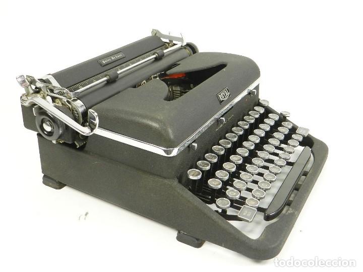 MAQUINA DE ESCRIBIR ROYAL QUIET DE LUXE AÑO 1945 TYPEWRITER SCHREIBSMASCHINE (Antigüedades - Técnicas - Máquinas de Escribir Antiguas - Remington)