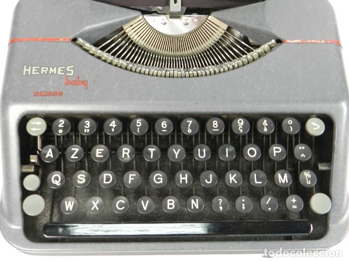 Antigüedades: MAQUINA DE ESCRIBIR HERMES BABY AÑO 1942 TYPEWRITER SCHREIBSMASCHINE - Foto 6 - 175977309