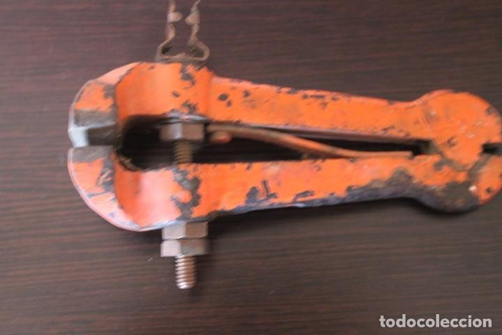 ANTIGUO GATO SARGENTO (Antigüedades - Técnicas - Herramientas Profesionales - Mecánica)