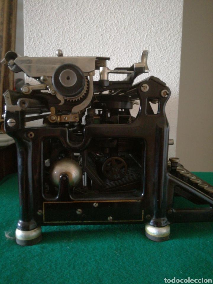 Antigüedades: MAQUINA DE ESCRIBIR MARCA UNDERWOOD - Foto 8 - 175983675