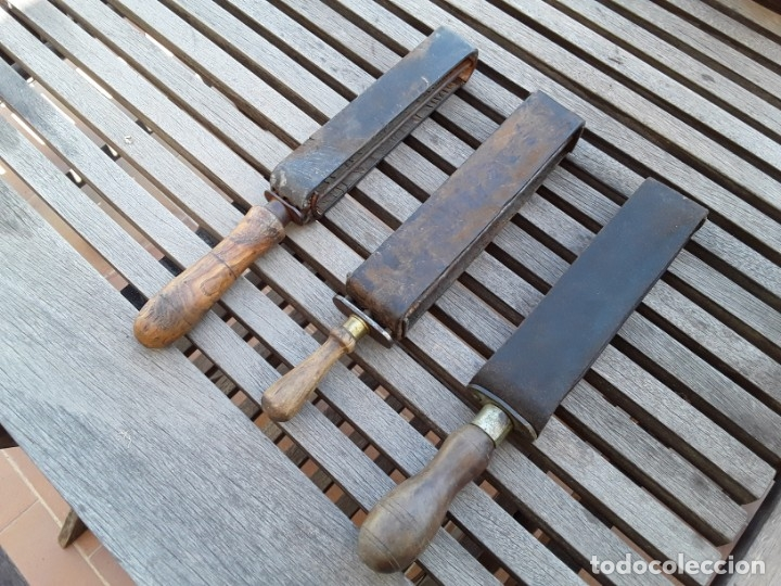 Antigüedades: Lote de 3 Afiladoras de cuero para navajas de afeitar - Foto 3 - 220803005