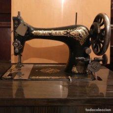 Antigüedades: MÁQUINA DE COSER SINGER. Lote 176167540