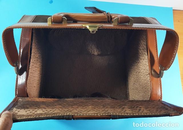 Antigüedades: ANTIGUO MALETIN O BOLSA DE MEDICO DE PIEL Y ANTE 31,50 X 23 X 22 CM, BOTIQUIN, MUY RARO - Foto 5 - 176239153