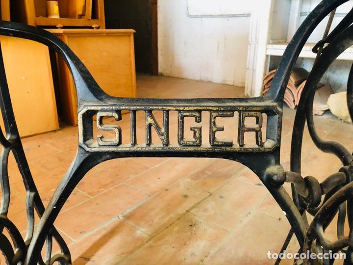 Antigüedades: Singer máquina coser - Foto 5 - 176273277
