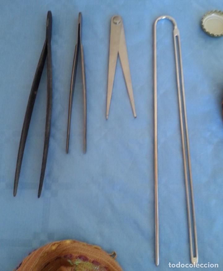 PINZAS MÉDICAS. 4 INSTRUMENTOS HOSPITALARIOS. (Antigüedades - Técnicas - Herramientas Profesionales - Medicina)