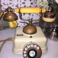 Teléfonos: FUNCIONANDO! ANTIGUO TELÉFONO STANDARD ELECTRICA EM-5 GR.3. CNTE. METAL Y BAKELITA. Lote 176390414