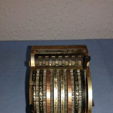 Antigüedades: CALCULADORA PEQUEÑA DE 1950. Lote 176424040