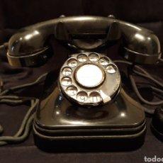 Teléfonos: TELÉFONO MUY ANTIGUO DE BAQUELITA.. Lote 176434783