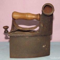 Antigüedades: PLANCHA DE HIERRO. Lote 176435543