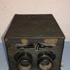 Antigüedades: VISOR ESTEROSCOPICO DE 1950 ELECTRICO. Lote 176437188