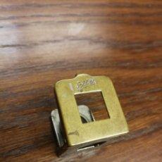 Antigüedades: ANTIGUA LUPA CUENTA HILOS DE BOLSILLO. SOLLEX 10 X 10 PLEGABLE. Lote 176443264